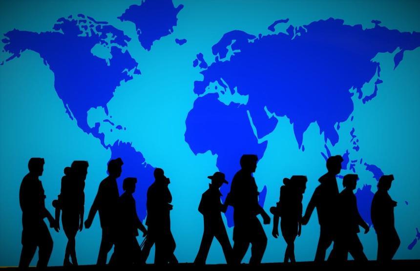 Världskarta och människor.